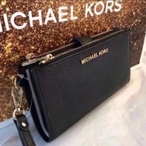 Michael Kors Double Zip Wallet/Wristlet